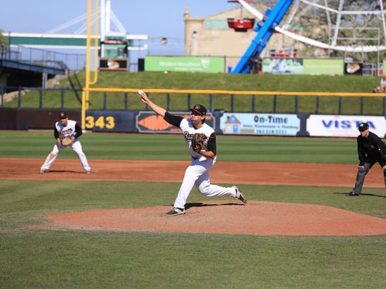 Kevin Comer, a Seneca graduate and the 57th overall  pick in the 2011 MLB Draft, will pitch for the Adelaide Bite of the Australian Baseball League this winter.