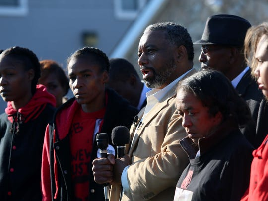 Family members of Jeremy McDole hold a press conference in December demanding the resignation of Wilmington police Chief Bobby Cummings. McDole was shot and killed by police, and the state Attorney General's Office on Thursday released its report of the incident.