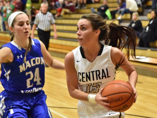 Central Magnet's Maddie Sandman drives to the basket