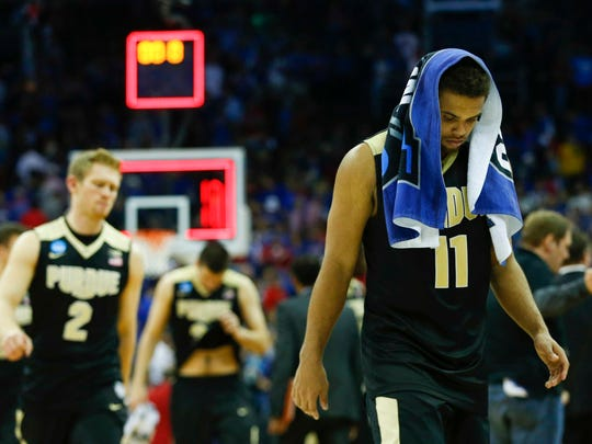 Thompson (11) reacts after losing to the Kansas Jayhawks in the semifinals of the midwest Regional of the 2017 NCAA Tournament at Sprint Center.