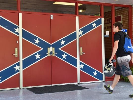 2015-08-20-hurley-confederate-flag
