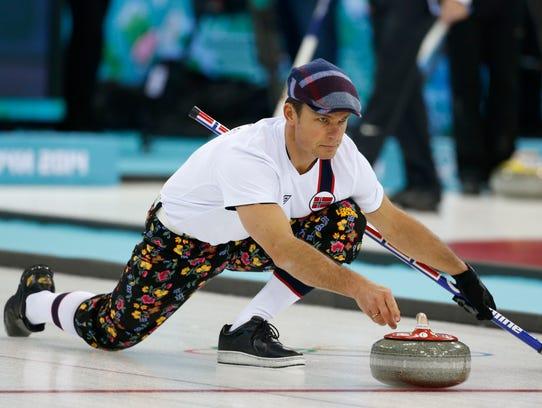 Sochi_Olympics_Curling_Men_OLYCR117_WEB094919