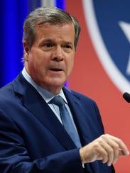 Democratic gubernatorial candidate Karl Dean speaks