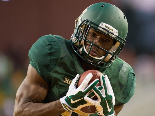 Baylor Bears wide receiver KD Cannon (9) catches a