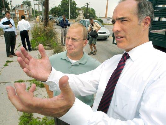 Bob Casey makes a campaign stop in York in 2006. (FILE)