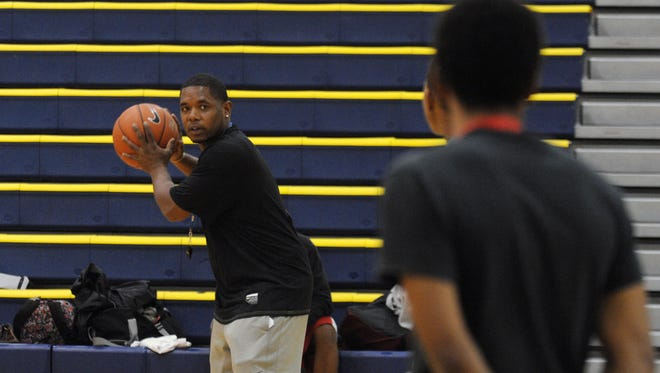 Sussex Central's Vince Evans returns to coach the struggling Golden Knights.