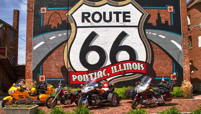 In Pontiac, Ill., travelers can track down 22 colorful murals depicting key Route 66 landmarks.