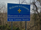 The Louisiana welcome sign is bilingual, presenting