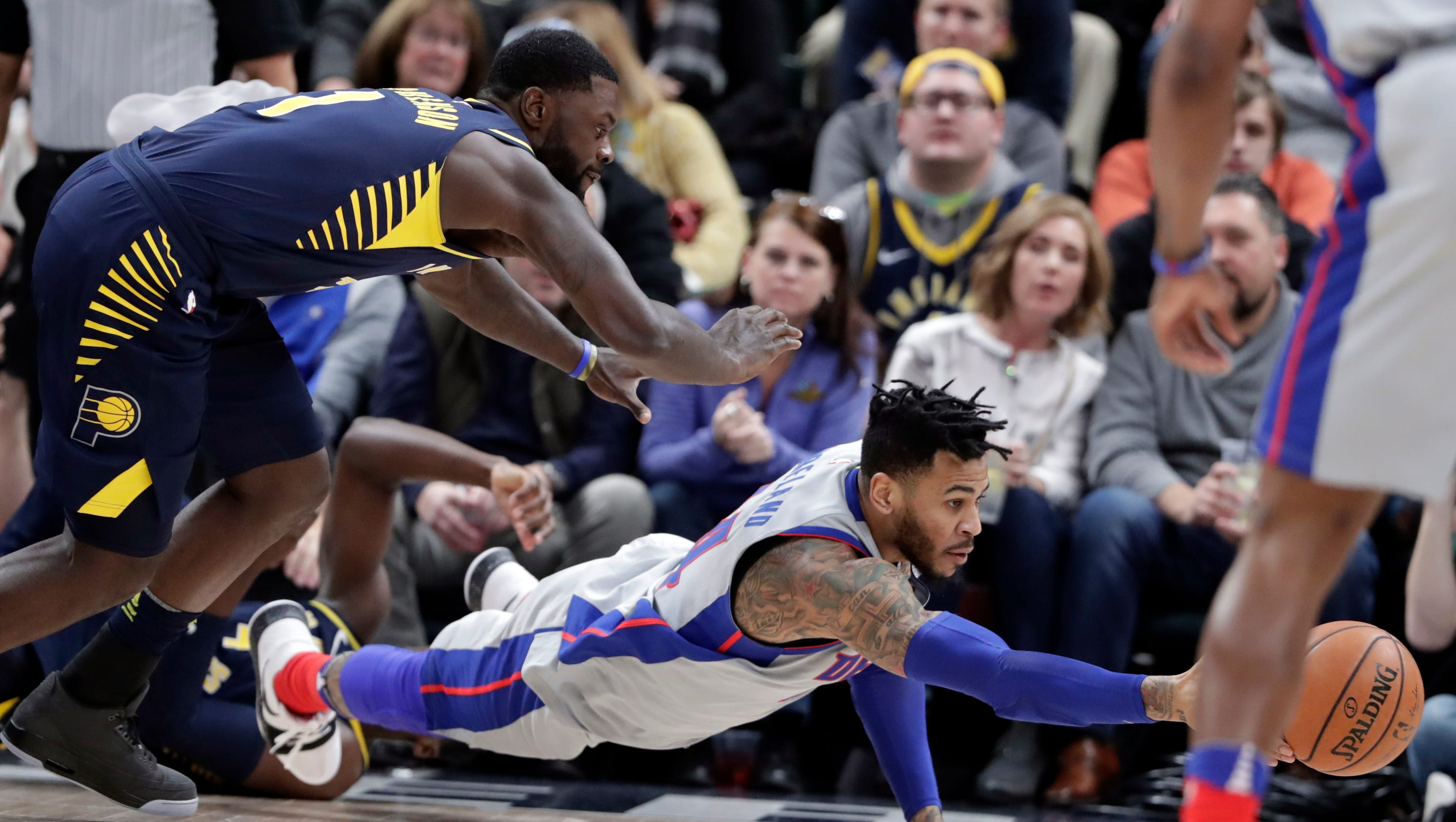 636489733989407026-ap-pistons-pacers-basketball-8-