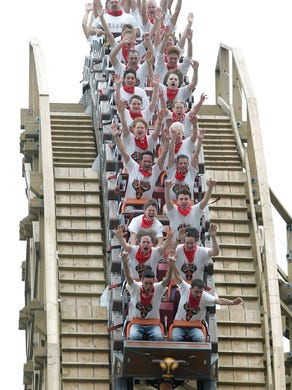 2006: The El Toro roller coaster opens at Six Flags Great Adventure.