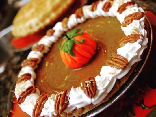 Even pictures of Green Turtle's pumpkin pie will leave your mouth watering.