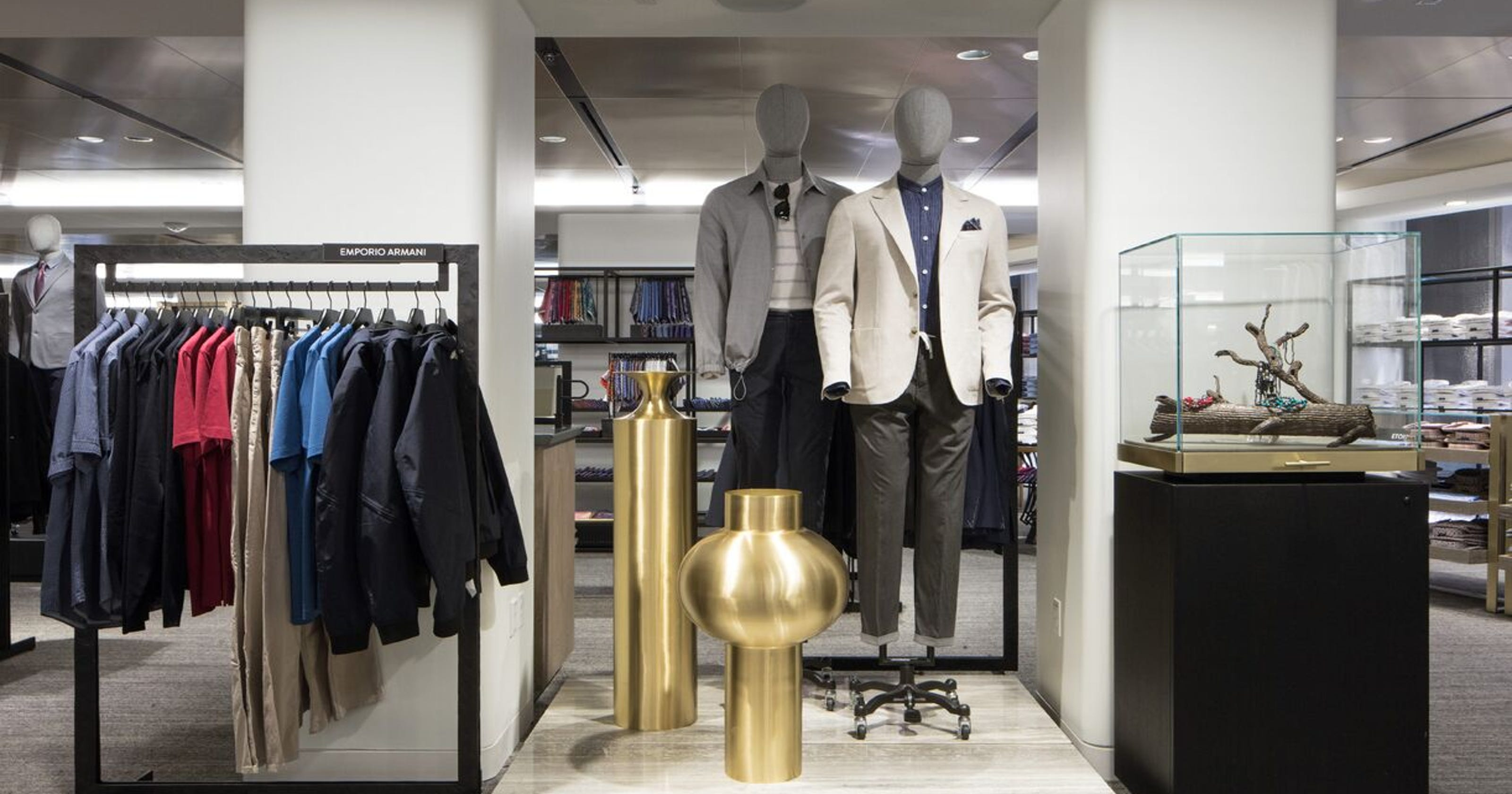 aa870c28fa7 Nordstrom s first NYC store offers cocktails