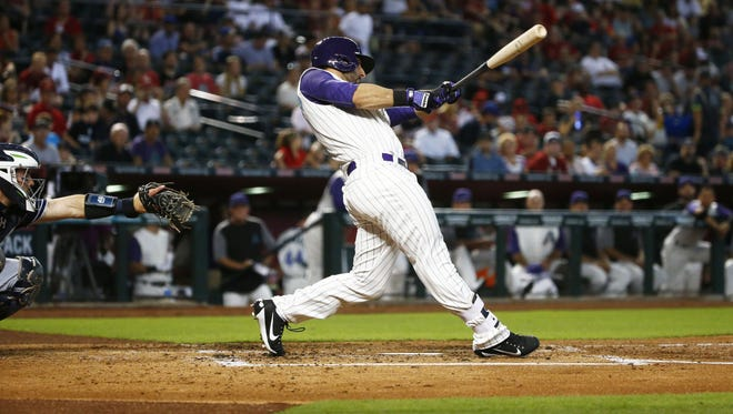 Arizona Diamondbacks Daniel Descalso hits an RBI-single against the San Diego Padres in the 1st inning on Thursday, June 8, 2017 at Chase Field in Phoenix, Ariz.