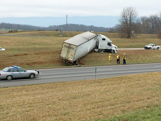 Double tractor-trailer wreck