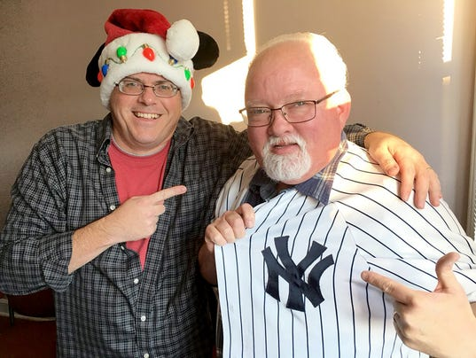 "The Tom & Patrick Show - Ep. 2: ""The Coach's Suit"""