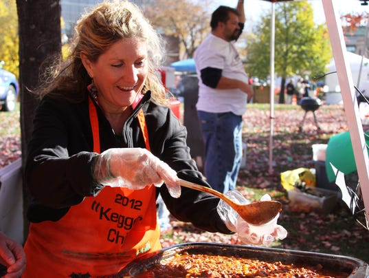 635498443862620108-OSH-3rd-Annual-Downtown-Chili-Cook-Off-102514-018