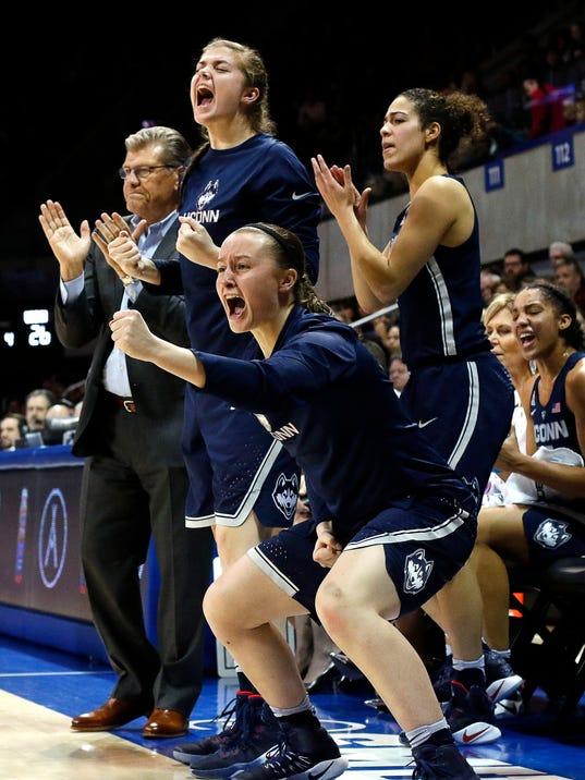 UConn women earn 91st consecutive win to break NCAA record