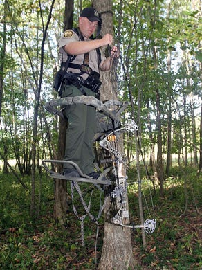 how to climb into a tree stand