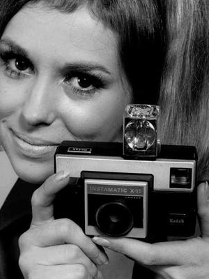 In 1970, the Kodak Instamatic X-15 was adapted to use Sylvania's no-battery flashcubes.