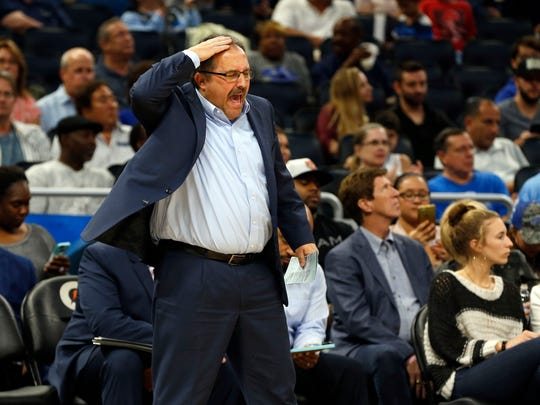 Pistons head coach Stan Van Gundy reacts against the