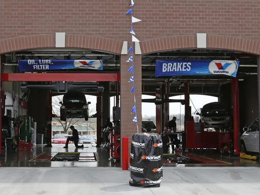 635709510972155650-Best-Practices-Tire-Discounters-2