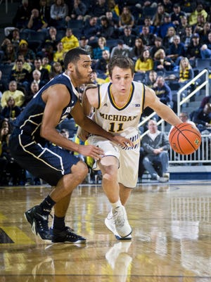 Despite not scoring, Andrew Dakich helped turn a Michigan deficit into an advantage against Penn State.