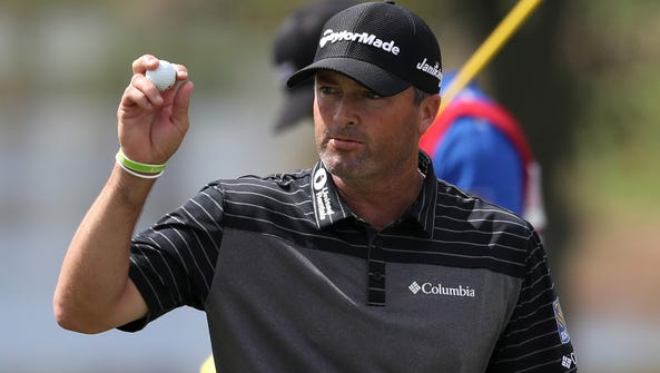 Ryan Palmer acknowledges the crowd after his round