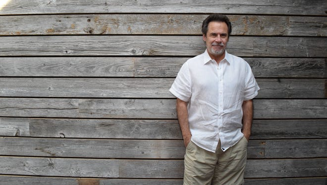 Dennis Miller recorded his ninth stand-up special Saturday at the Bijou Theatre in Knoxville.