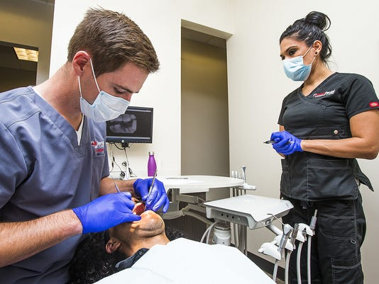 Free dental care for vets in Phoenix