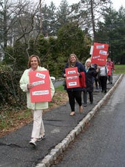 Millburn Education Association members push for a contract