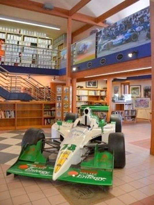 ELM 0304 RacingColumn