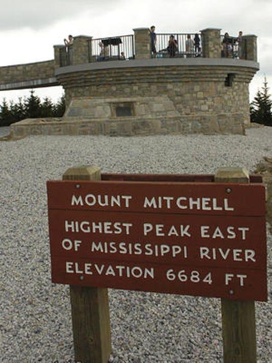635927084036613485-mount-mitchell-sign.jpg