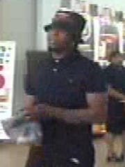 Windsor Heights stolen credit card suspect