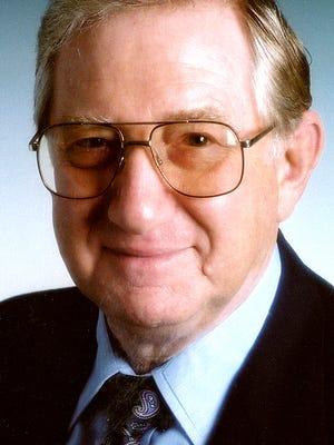 Portrait of Peter Schutz.
