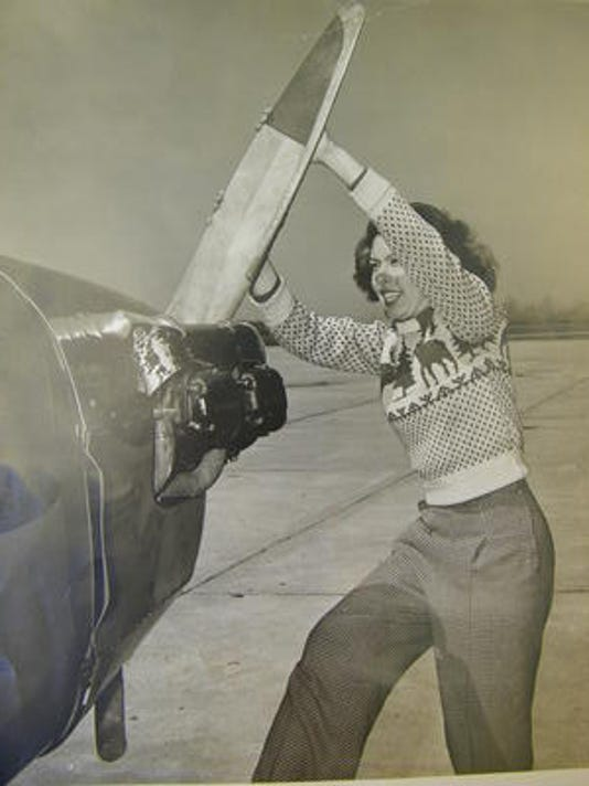 ptc 0508_woman pilot 1