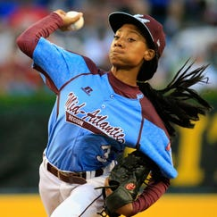 SOUTH WILLIAMSPORT, PA - AUGUST 20:  Mo'ne Davis #3 of Pennsylvania pitches to a Nevada batter during the United States division game at the Little League World Series tournament at Lamade Stadium on August 20, 2014 in South Williamsport, Pennsylvania.  (Photo by Rob Carr/Getty Images)