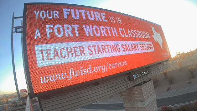 Fort Worth Independent School District is recruiting Arizona teachers with five new billboards popping up around the Valley.
