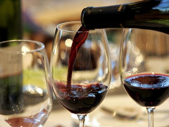 Holiday Gatherings Amp Wine Etiquette 101 What S Cookin