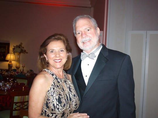 Entertainment sponsors Carmen and Bob Stork.