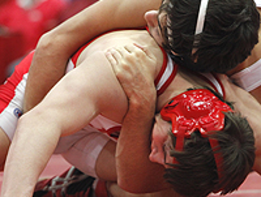 how to become a wrestling coach