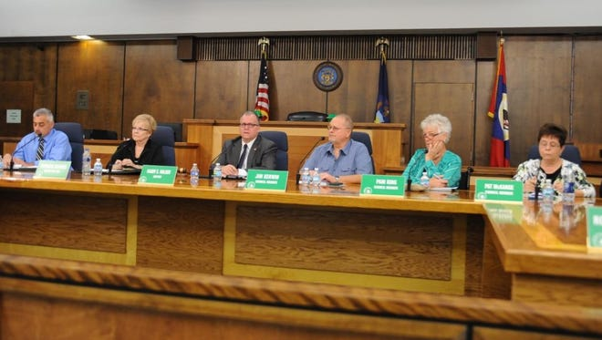 Garden City Council members and city staff listen to residents at the Monday, Nov. 16, special council meeting.