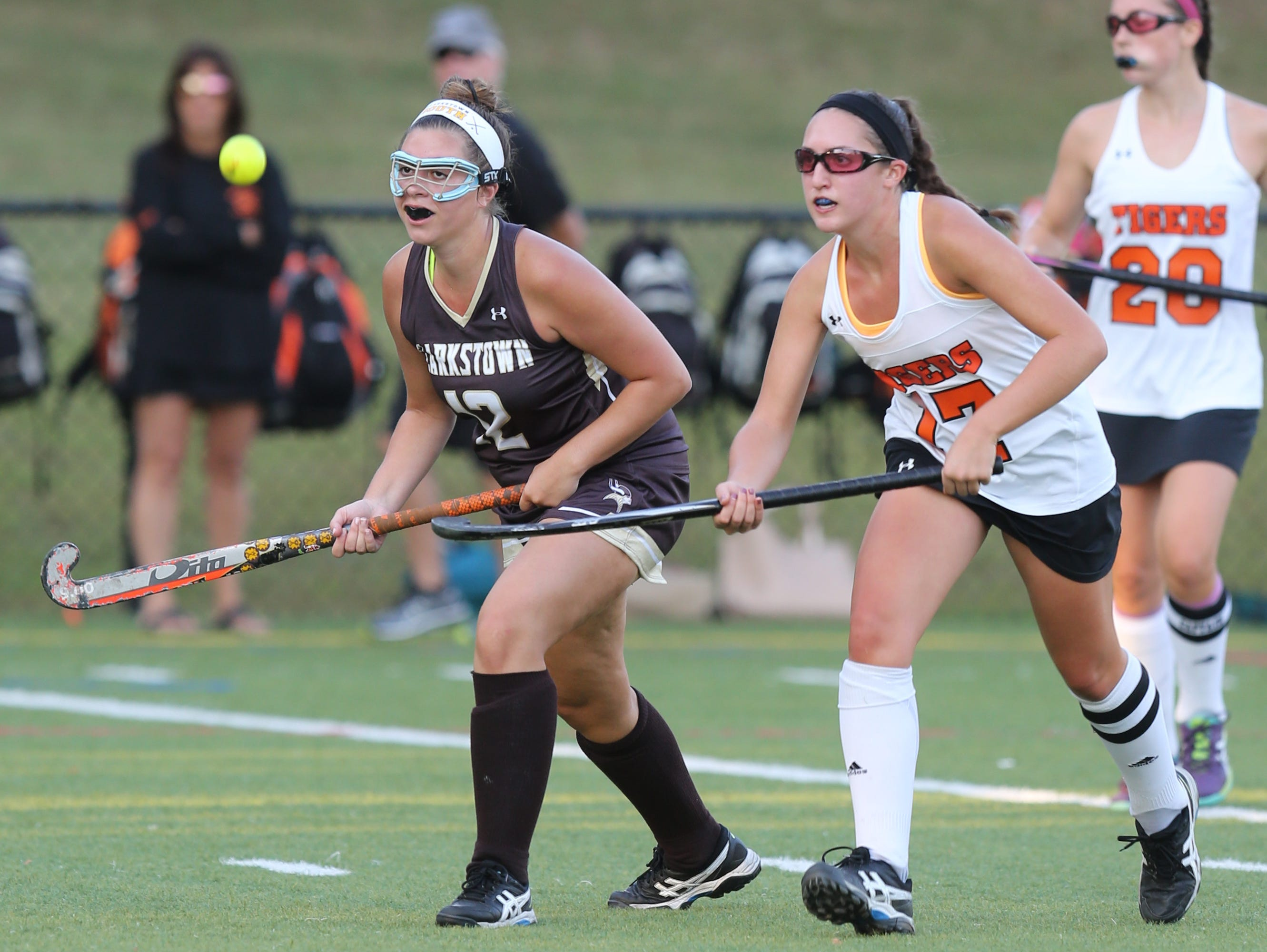 Clarkstown South's Danielle Noia, left, and Mamaroneck's Paige Danehy battle for control of the ball during their game at Mamaroneck High School on Tuesday.