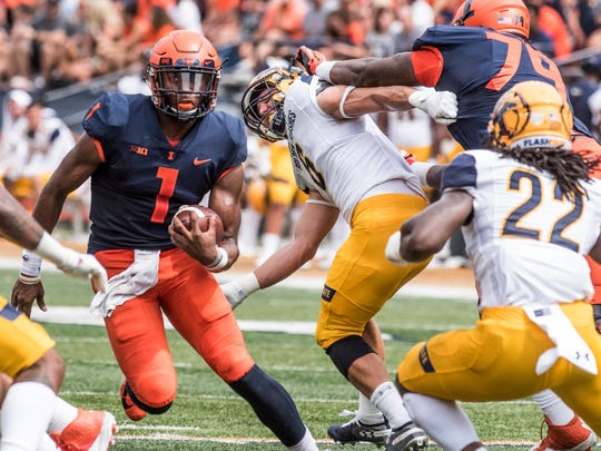 Kent_St_Illinois_Football_06745.jpg