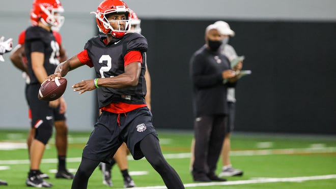 Georgia quarterback D'Wan Mathis (2) during the Bulldogs' practice session in Athens, on Sept. 18.