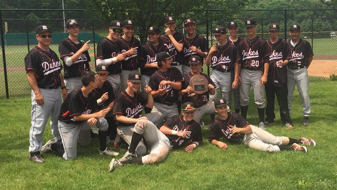 The Marlboro High School baseball team poses after beating Wheatley in the New York State Class B regional final Saturday.