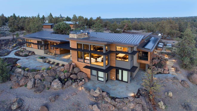 Salem-based Nathan Good Architects received Green Builder Magazine's Best Luxury Home of the Year award last month at the Green Home of the Year Awards.