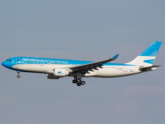 15 injured after severe turbulence on aerolineas argentinas flight