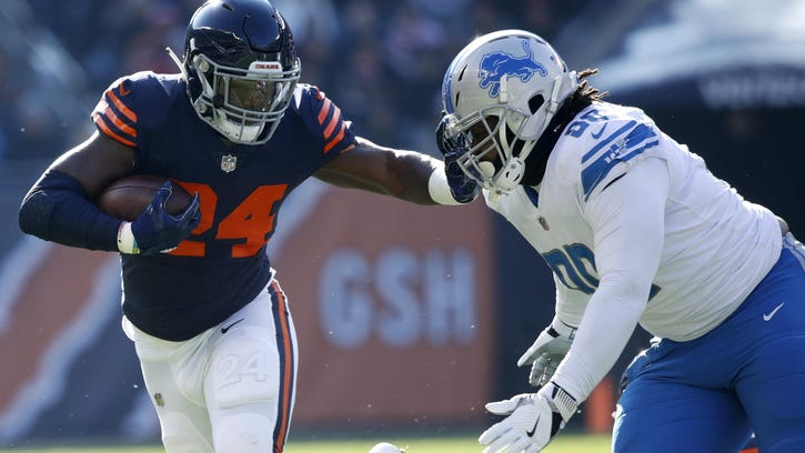 Lions defense will try to stop Bears backs in their tracks