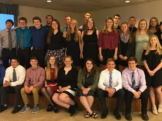 636305341286759883-Honors-Dinner-Two-Rivers-Schools.jpg