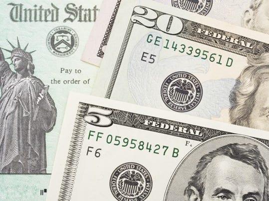 tax-refund-check_EGEAcjF_large.jpg